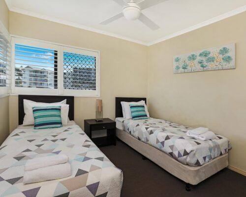 queensland-kings-beach-3-bedroom-ocean-view (18)