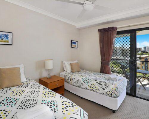 queensland-kings-beach-3-bedroom-suite (7)